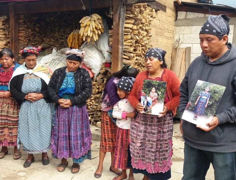 Familiares esperan ayuda para la repatriación de  Claudia Gómez González. (Fotos Prensa Libre: Carlos Ventura)