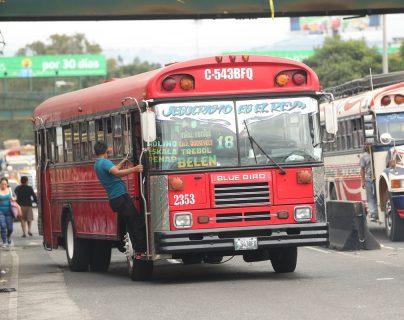 La ruta que cubre de la zona 4 capitalina a la colonia Belén, zona 7 de Mixco, podría tener nuevas unidades. (Foto Prensa Libre: Érick Ávila)