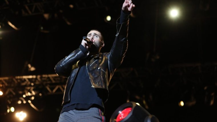Adam Levine, vocalista de Maroon 5, durante su presentación en Guatemala. (Foto Prensa Libre: Keneth Cruz)