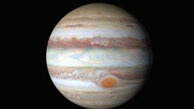 Viaje al centro de la Gran Mancha Roja de Júpiter, cortesía de la sonda espacial Juno de la Nasa