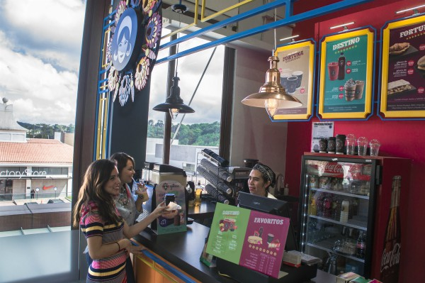 Las franquicias de Gitane se pueden instalar en quioscos o locales. El que se muestra se ubica en Cayalá. (Foto, Prensa Libre:  Inversiones Moka).