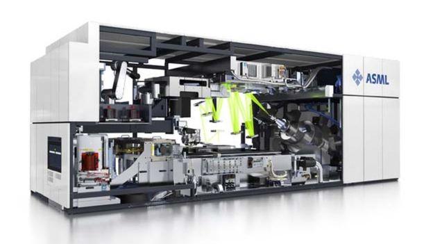 Así son las máquinas para fabricar chips ultrarrápidos. ASML