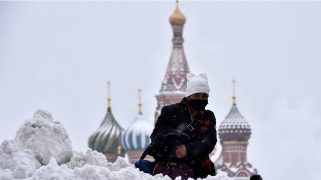 En diciembre de 2017, los moscovitas solo vieron la luz del sol durante 3 minutos. GETTY