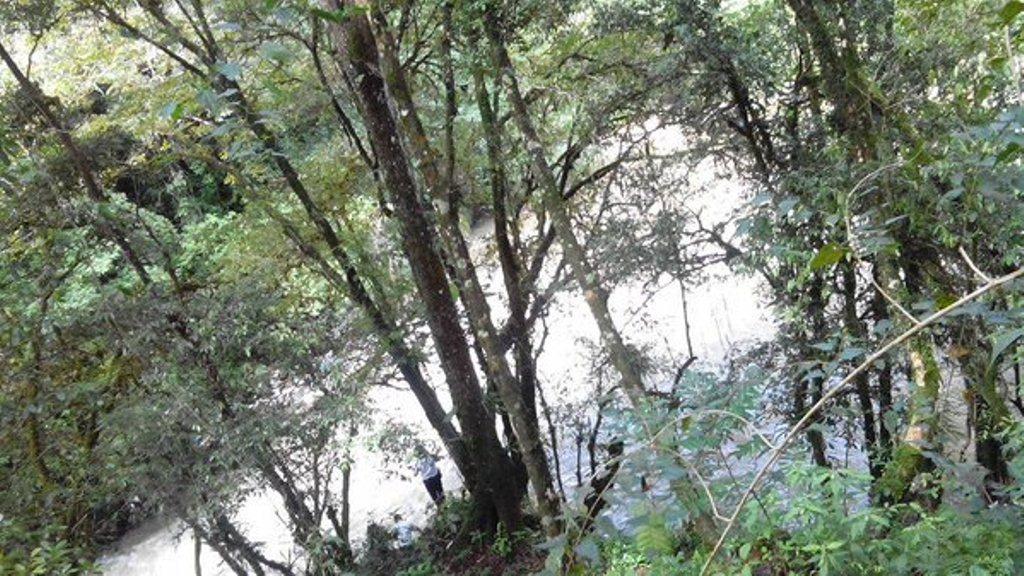 Río Cahabón arrastra a madre e hija