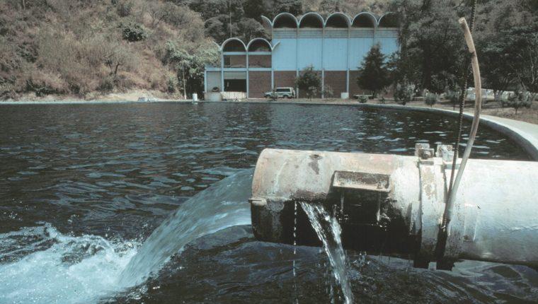 Una de las plantas de tratamiento de Empagua que distribuye el líquido a las zonas de la capital. (Foto Prensa Libre: Hemeroteca PL)