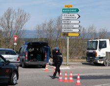 Policía resguarda el área del incidente. (Foto Prensa Libre: AFP)