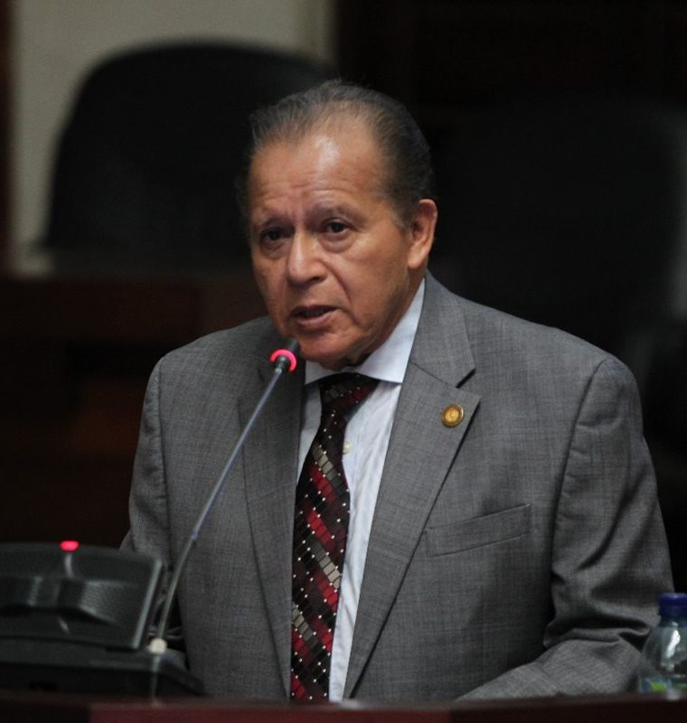 José Arturo Sierra tuvo una trayectora en el OJ y la docencia universitaria. (Foto Prensa Libre: Hemeroteca PL)