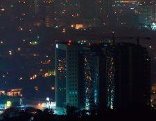 Las luces de pocos hogares guatemaltecos se apagaron durante La Hora del Planeta, promovida a escala mundial.