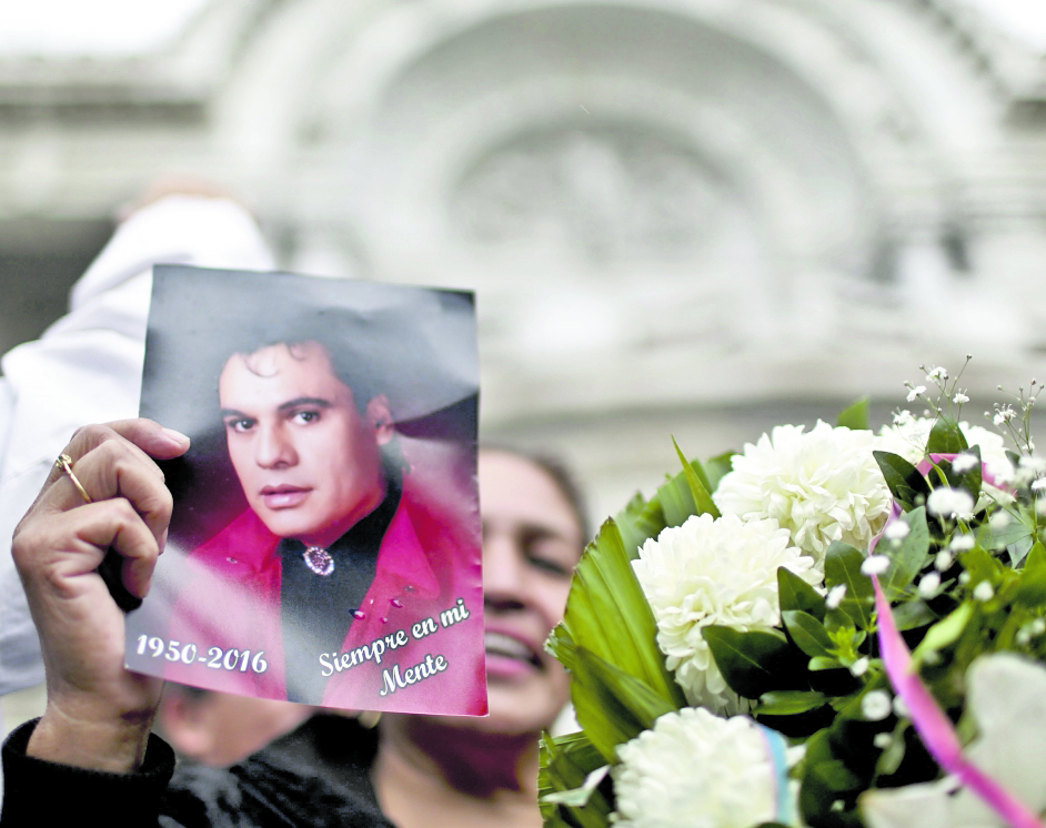 Juan Gabriel murió el 28 de agosto del 2016.