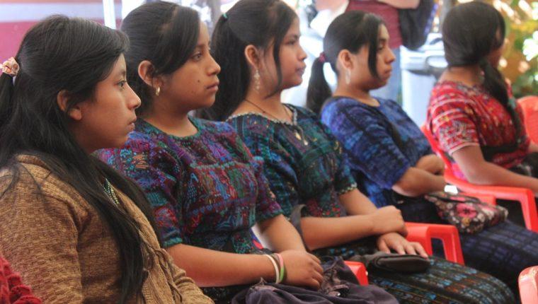 Mujeres menores de 18 años no podrán contraer matrimonio a partir de la próxima semana. (Foto Prensa Libre: Hemeroteca PL)