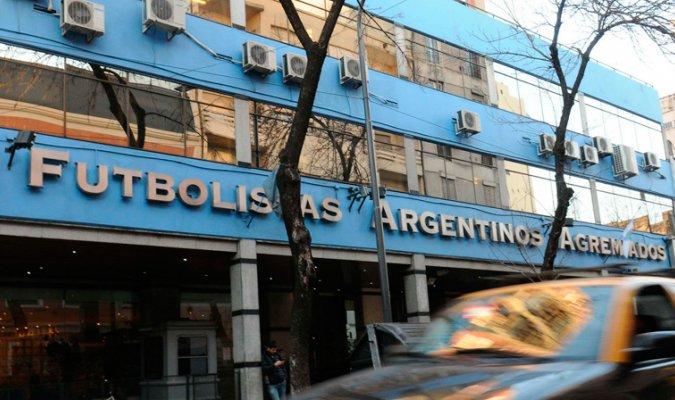 El torneo del futbol argentino continúa detenido. (Foto Prensa Libre: Twitter Meridiano TV)