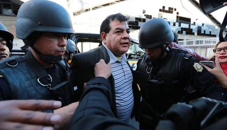 El exfiscal Ronny Elías López Jeréz fue detenido el 17 de febrero último, sindicado de obstrucción a la justicia. (Foto: Hemeroteca PL)