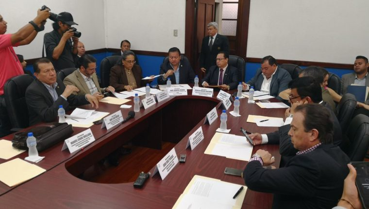 La reunión de la comisión programada para este viernes fue cancelada. (Foto Prensa Libre: Carlos Álvarez)