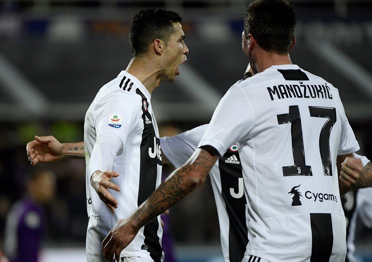 Cristiano Ronaldo anotó el tercer gol de la Juventus contra la Fiorentina. (Foto Prensa Libre: AFP)