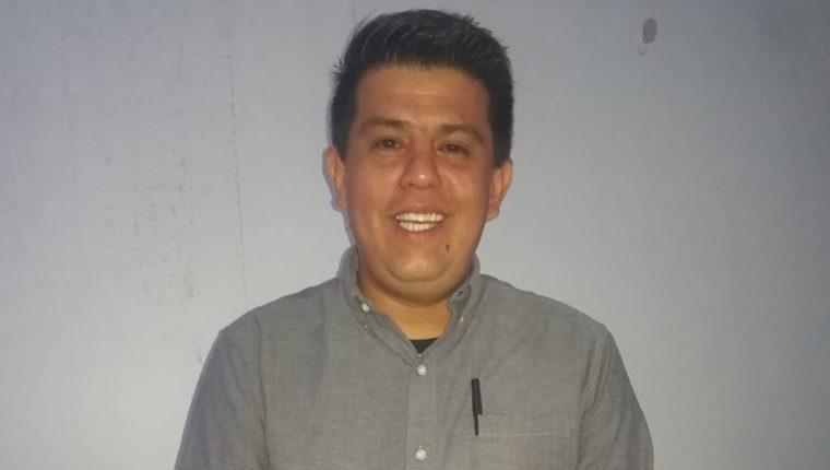 René Morales Hernández, ganador del premio de poesía