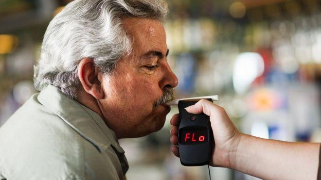 Hay varios alimentos que podrían dar un falso positivo en distintas pruebas toxicológicas. DARRENMOWER / GETTY IMAGES