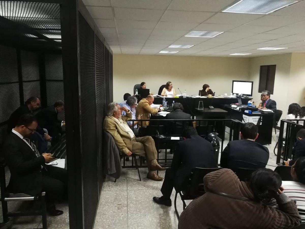 MP pide penas de entre cinco y 28 años a implicados en caso IGSS-Pisa