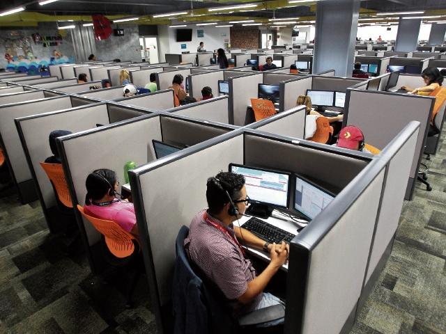 En diciembre, la Comisión Nacional del Salario deberá presentar el nuevo pliego salarial que cobrará vigencia el próximo año, entre los sectores empleador y trabajador. (Foto Prensa Libre: Hemeroteca)