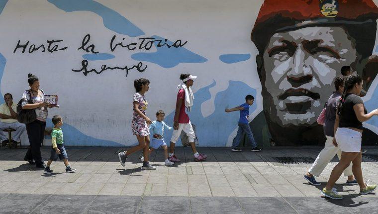 Los venezolanos se enfrentarán a las elecciones presidenciales del 20 de mayo en medio de una severa crisis socioeconómica y escasez de alimentos, medicinas y otros productos básicos.(AFP).