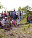 Familias afectas por la construcción de la hidroeléctrica Chixoy que no fueron beneficiadas en el primer desembolso, serán favorecidas el 19 de este mes. (Foto Prensa Libre: Carlos Grave)