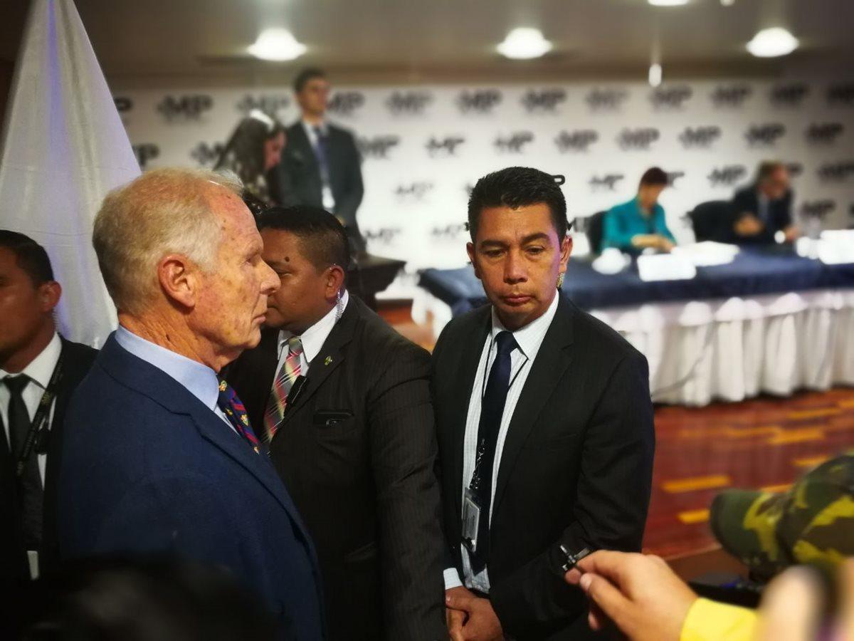 Álvaro Arzú enfrentará un proceso de retiro de antejuicio solicitado por el MP y la Cicig. (Foto Prensa Libre: Paulo Raquec)