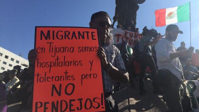 El mensaje de algunos residentes de Tijuana no ha sido el esperado por los migrantes que llegan principalmente de Honduras.