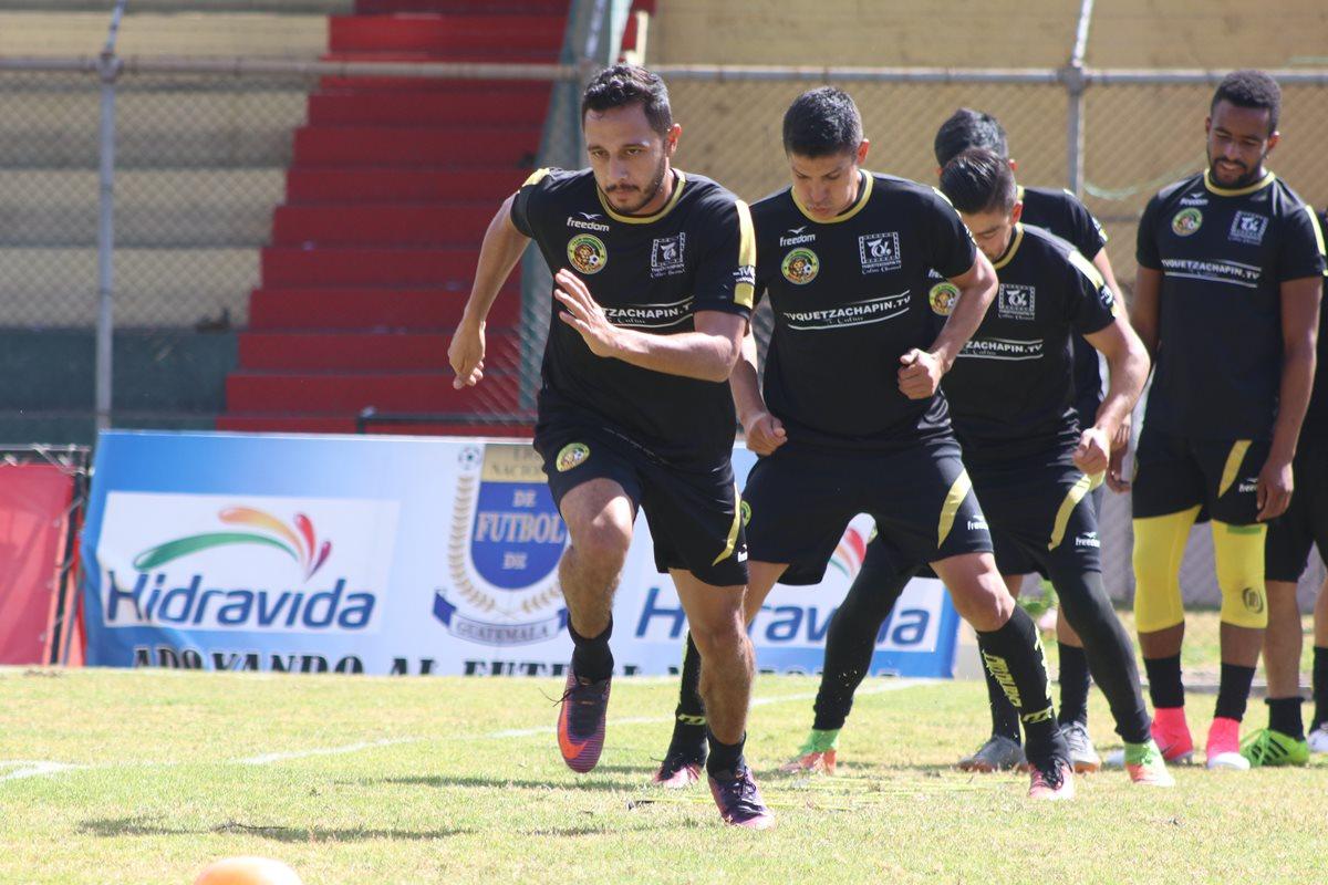 Los leones se preparan para encarar el duelo de la tercera fecha del Clausura 2018, el próximo viernes, contra Deportivo Petapa.(Foto Prensa Libre: Raúl Juárez)