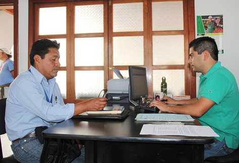 El comunicador presentó denuncia en el MP. (Foto Prensa Libre: Miguel López)