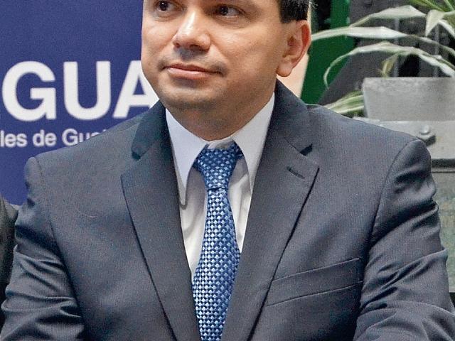 EL interventor de Fegua, Roberto mancilla.