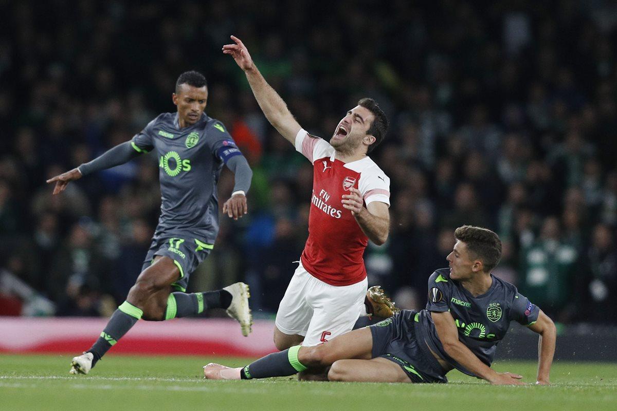 Acción durante el partido entre el Arsenal y el Sporting CP. (Foto Prensa Libre: AFP)