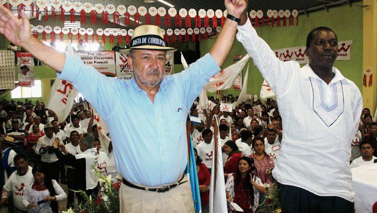 Miguel Ángel Sandoval y Mario Gerardo Ellington el binomio por la alianza Winaq-URNG (Foto Prensa Libre: José Rosales)