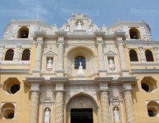 La fachada del templo de La Merced es famosa por su gran cantidad de detalles. (Foto: Hugo Cuyán Vásquez)