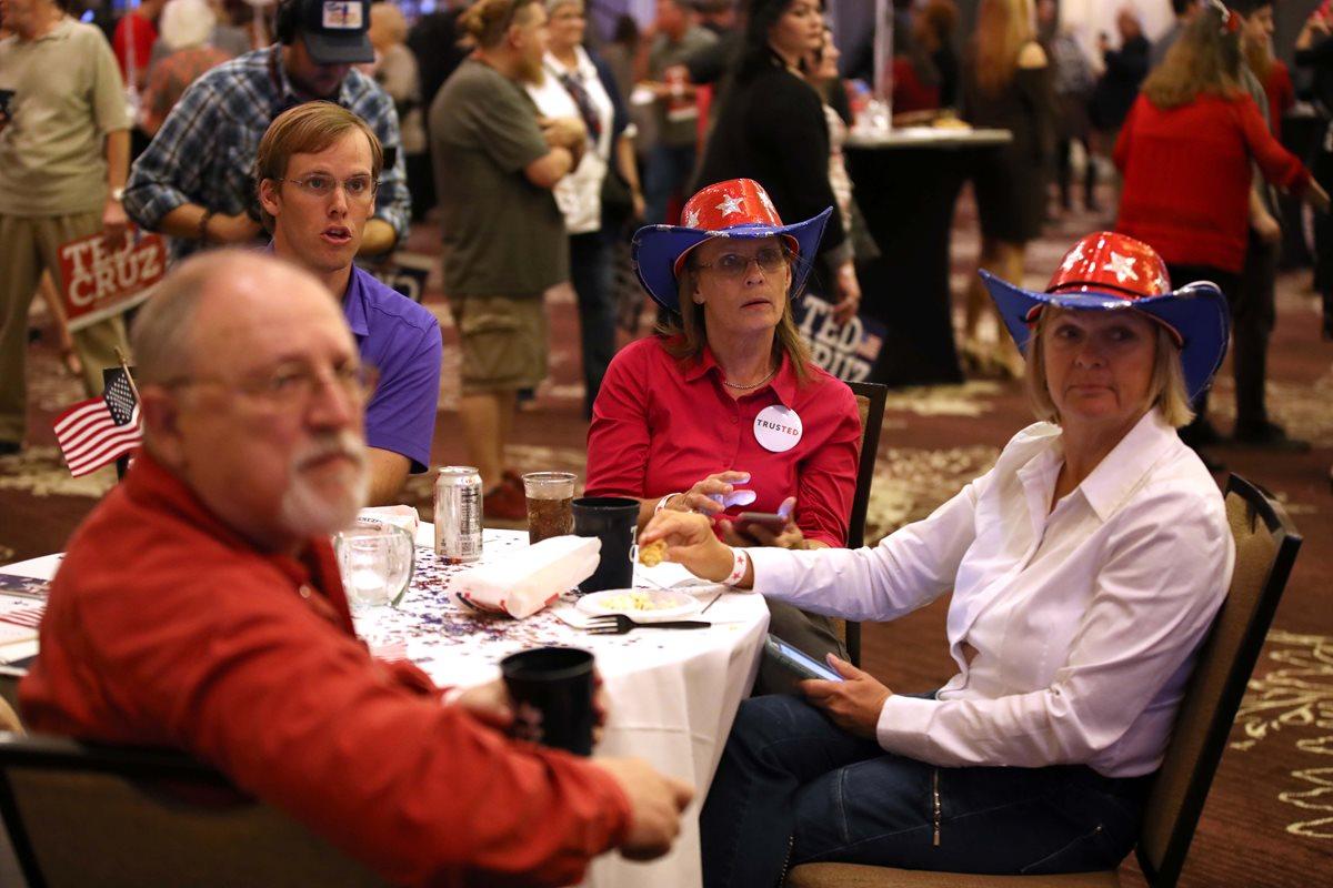 Los seguidores del senador Ted Cruz, se reunieron en el Hilton Houston Post Oak.