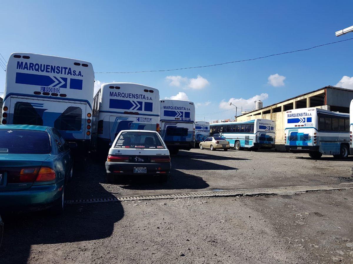 La empresa de buses Marquensita que cubre la ruta de San Marcos a la capital suspendió el servicio a causa de la inseguridad. (Foto Prensa Libre: Whitmer Barrera)