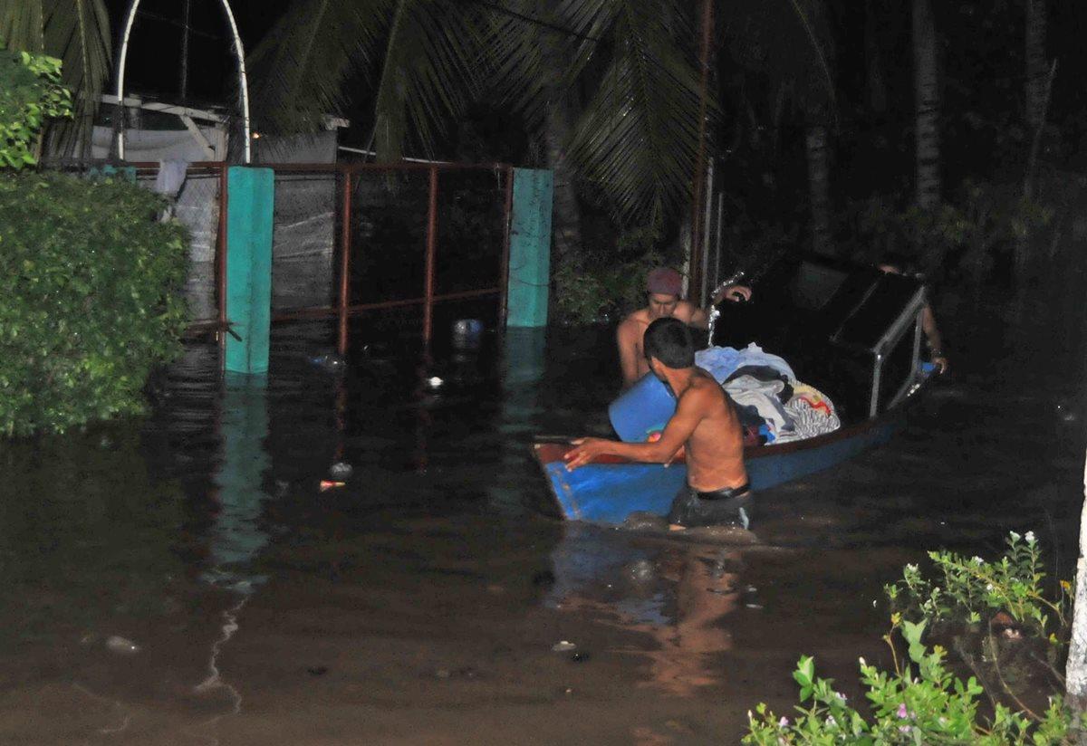 Lluvia afecta a 1 mil 516 personas según la Conred