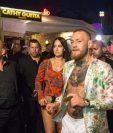El campeón de artes marciales mixtas, Conor McGregor junto a su esposa Dee Levlin en las vacaciones que disfrutan en Ibiza. (Foto tomada de Instagram)