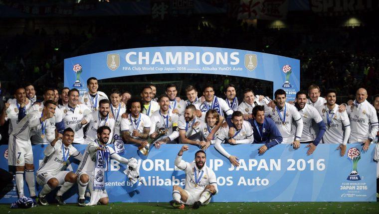 El Real Madrid sumó su tercer título en el año luego de ganar el Mundial de Clubes este domingo. (Foto Prensa Libre: EFE)