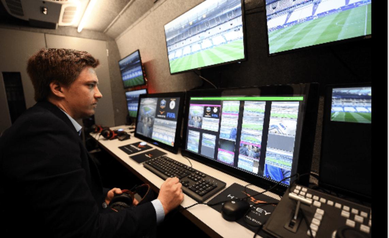 El VAR debutará en la Liga de Campeones de Europa en febrero de 2019. (Foto Prensa Libre: Hemeroteca PL)