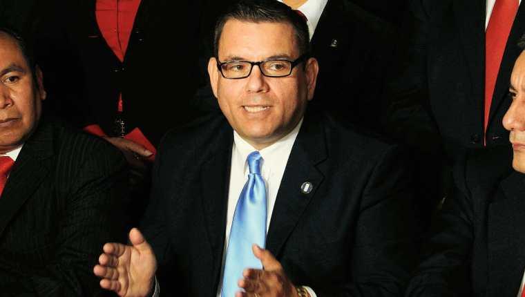 Manuel Baldizon candidato presidencial de Líder, renunció a su inmunidad. (Foto Prensa Libre: Hemeroteca).