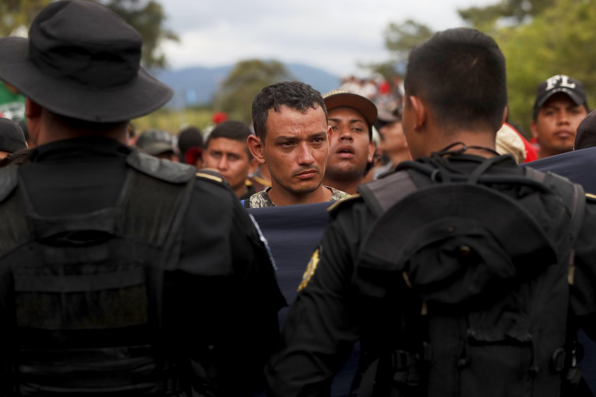 Guatemala debe atender a migrantes hondureños
