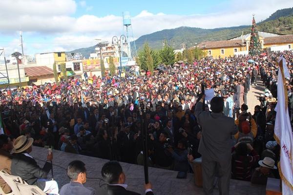 Asumen nuevas autoridades comunitarias de Totonicapán