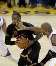 James se lució al conseguir 41 anotaciones en el quinto juego de la final de la NBA. (Foto Prensa Libre: AFP)