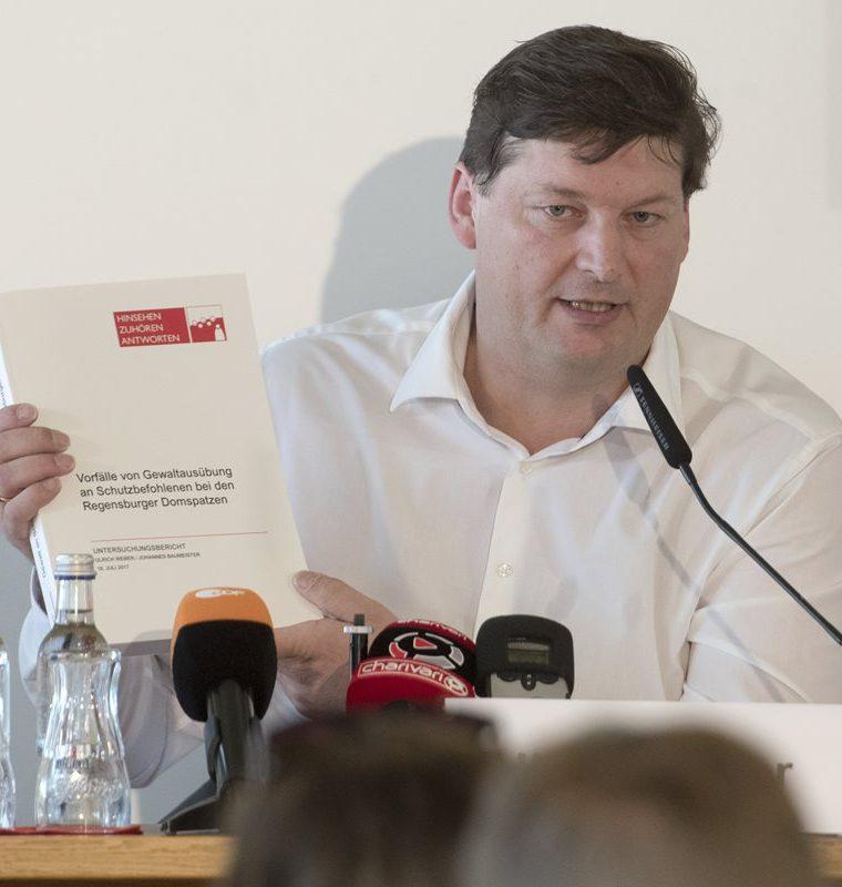 Ulrich Weber,  encargado del caso de abuso de menores en Regensburg, Alemania. (AP).