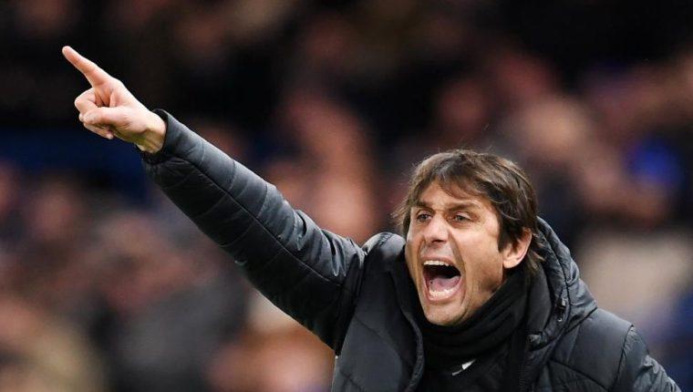 El técnico italiano Antonio Conte llegaría este lunes a Madrid para asumir el control en el banquillo del equipo merengue. (Foto Prensa Libre: AFP).