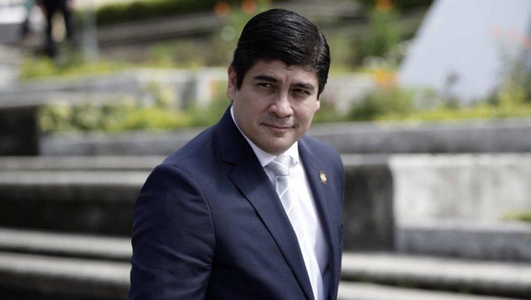 Según el presidente de Costa Rica Carlos Alvarado, la aprobación de la reforma fiscal es parte del plan del país centroamericano para ingresar como miembro de la OCDE, a partir de 2020. (Foto Prensa Libre: EFE)