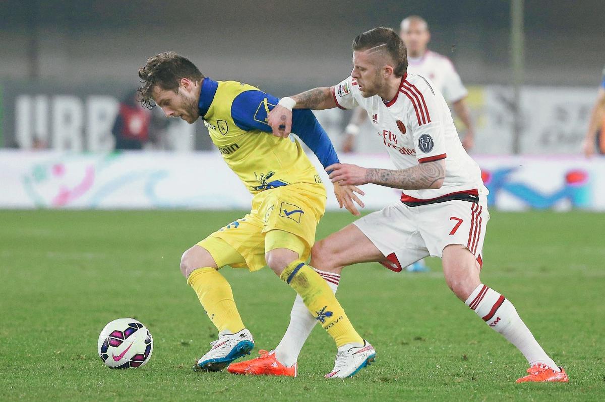 Milan empata con Chievo; se aleja de copas europeas