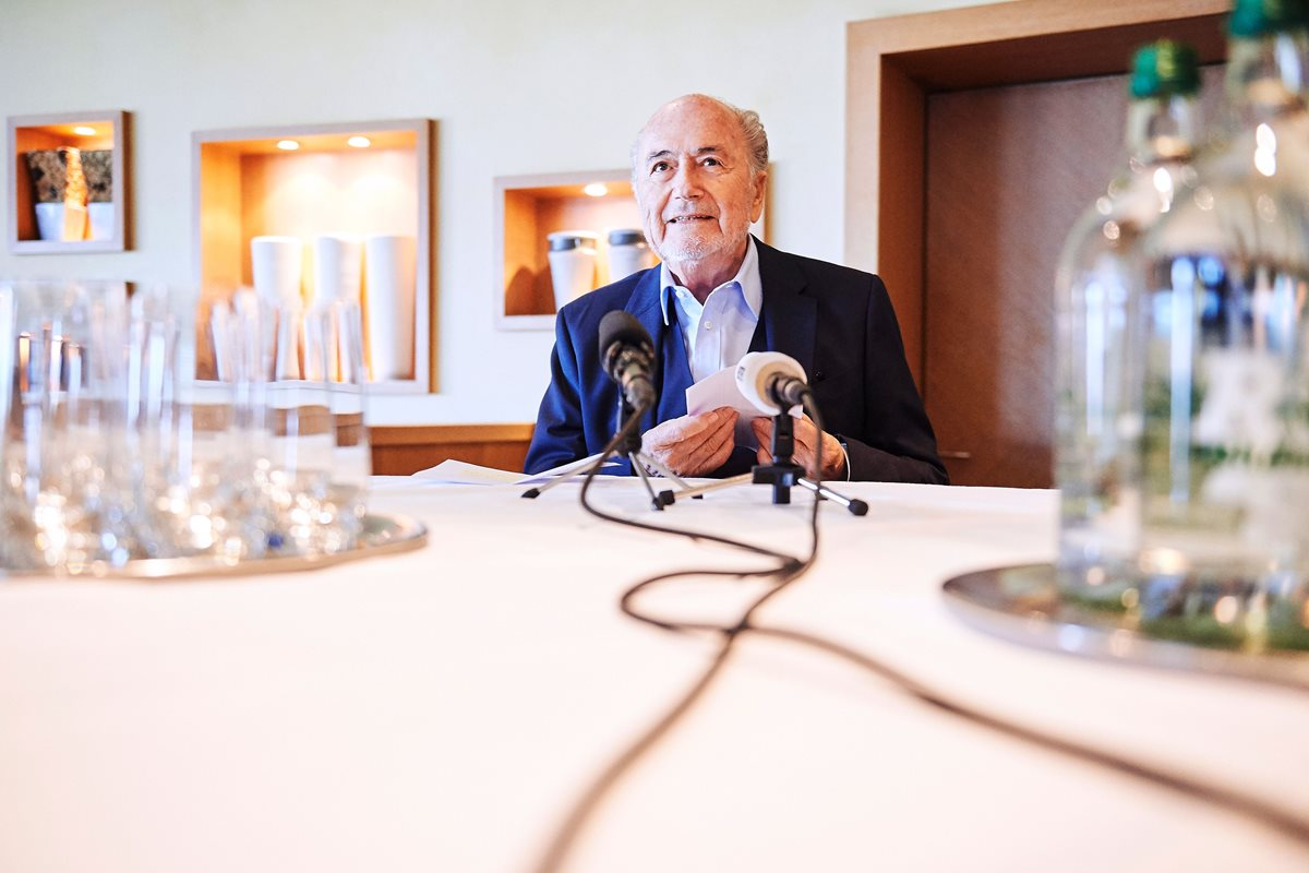 El suizo Joseph Blatter confirma contactos con justicia de EE.UU.