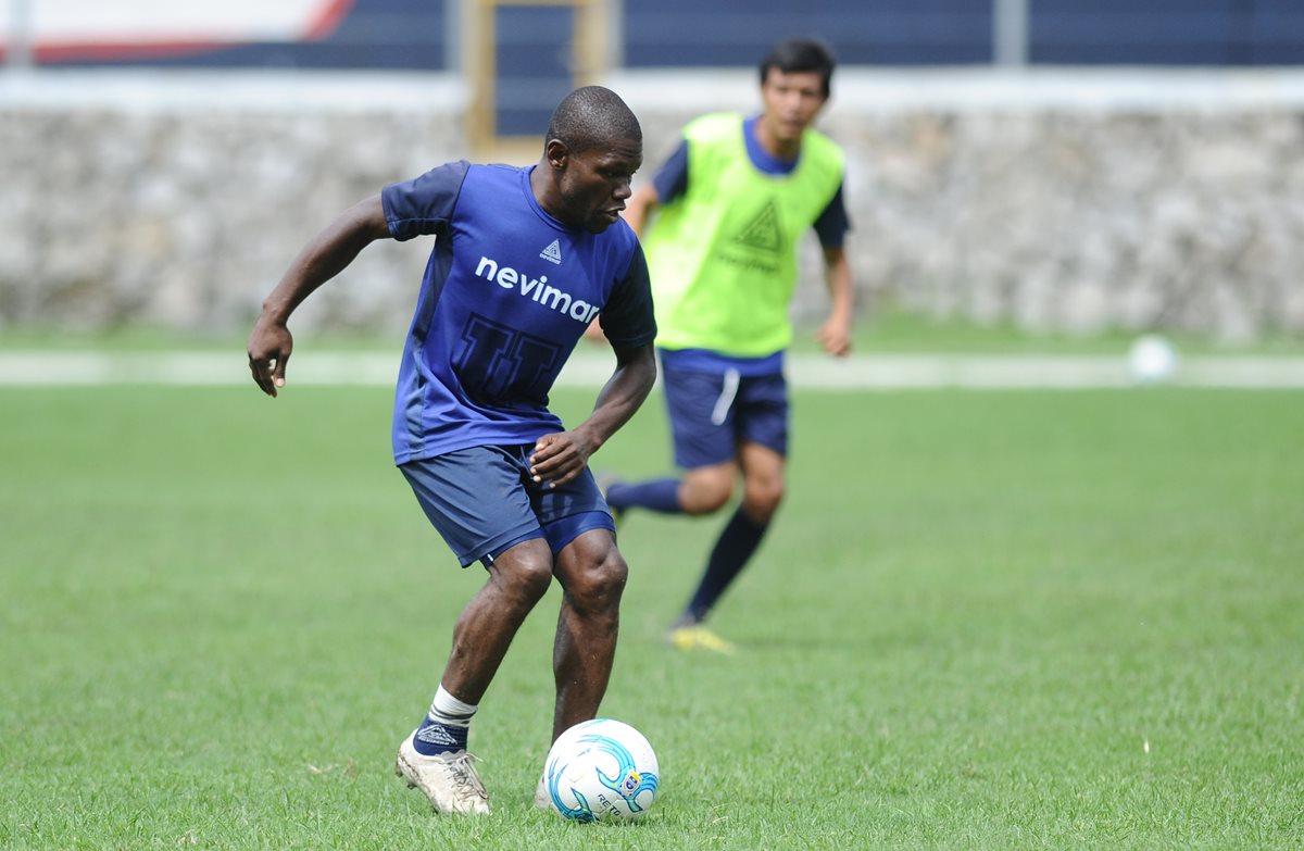 La Universidad de San Carlos también tiene su futbol asegura Tyson Núñez