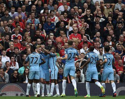 Los jugadores del City celebran después del gol de De Bruyne. (Foto Prensa Libre: AFP)