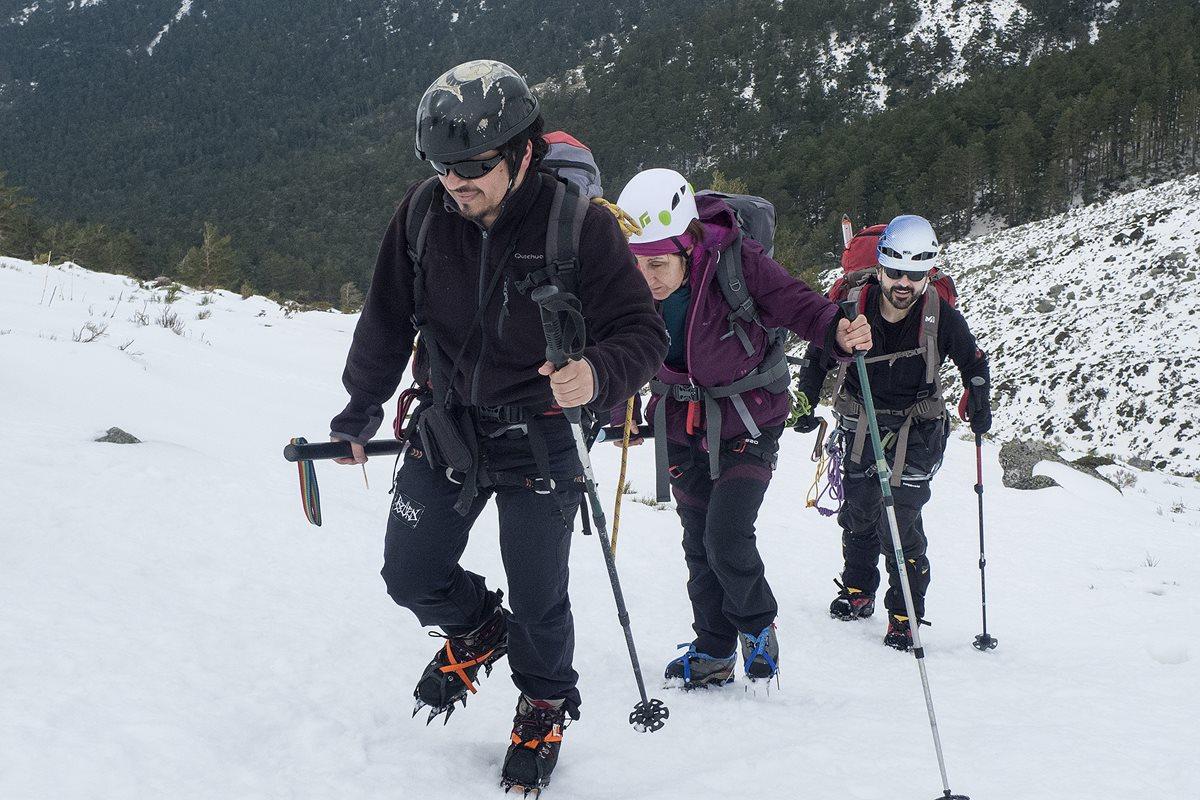 Christian Rodríguez, el guatemalteco que ayuda a personas con discapacidad a escalar montañas